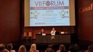 Maria Isabel Tost presentando a Sara Villegass