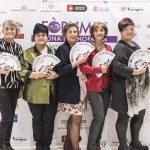 Mercè Espelleta, Margarito de Legorburu, Antonia Gambau y Maite Galyana posando con mucho arte con nuestro abanico.