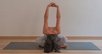 clases-de-yoga-menopausia
