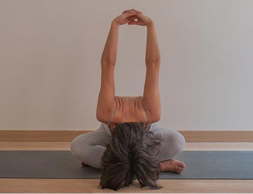 ¿Sabes todo lo que el yoga puede hacer por ti durante la menopausia?