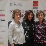 Marta Arellano en nuestro photocall junto a Ana Lamasy Montse Roura
