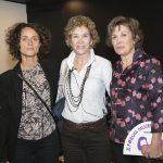 Monica de Bioiberica, Maria Teresa Figueres de Colnatur y Montse Roura, de ella y el abanico