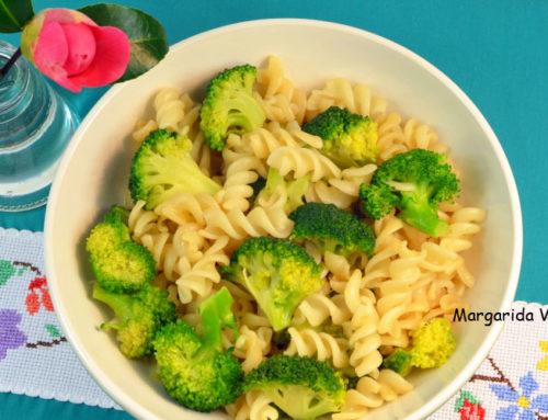 Fusilli de quinoa y arroz con brócoli